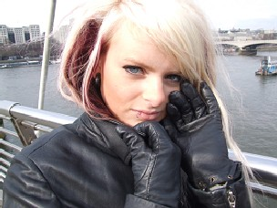 Girls-in-leather-gloves-and-leather-jacket