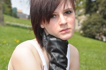 Girl-in-leather-gloves-leather-jacket